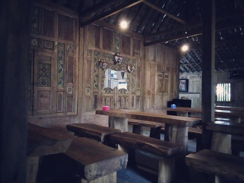 Bangunan Omah Koempoel