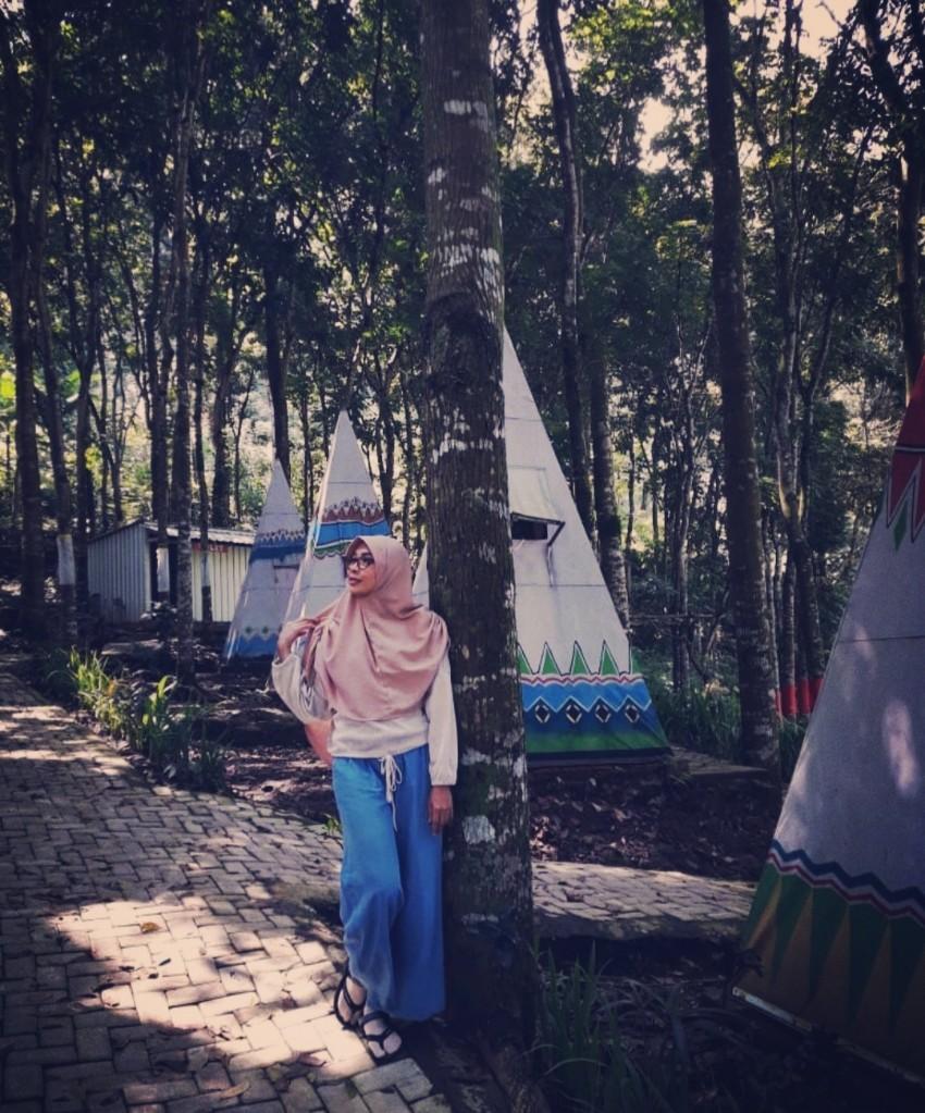 Tenda indian di Coban Tempursari