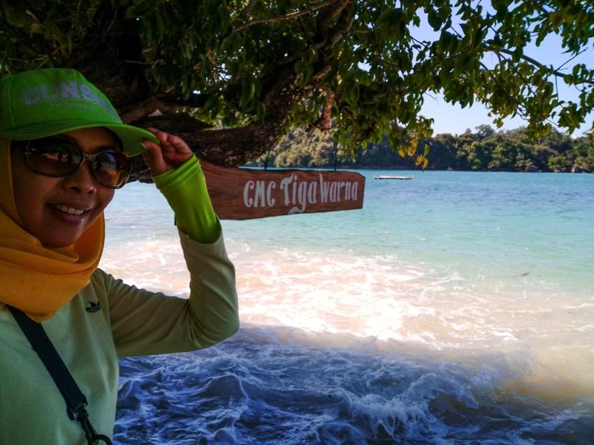 Pantai Tiga Warna Di Malang Selatan