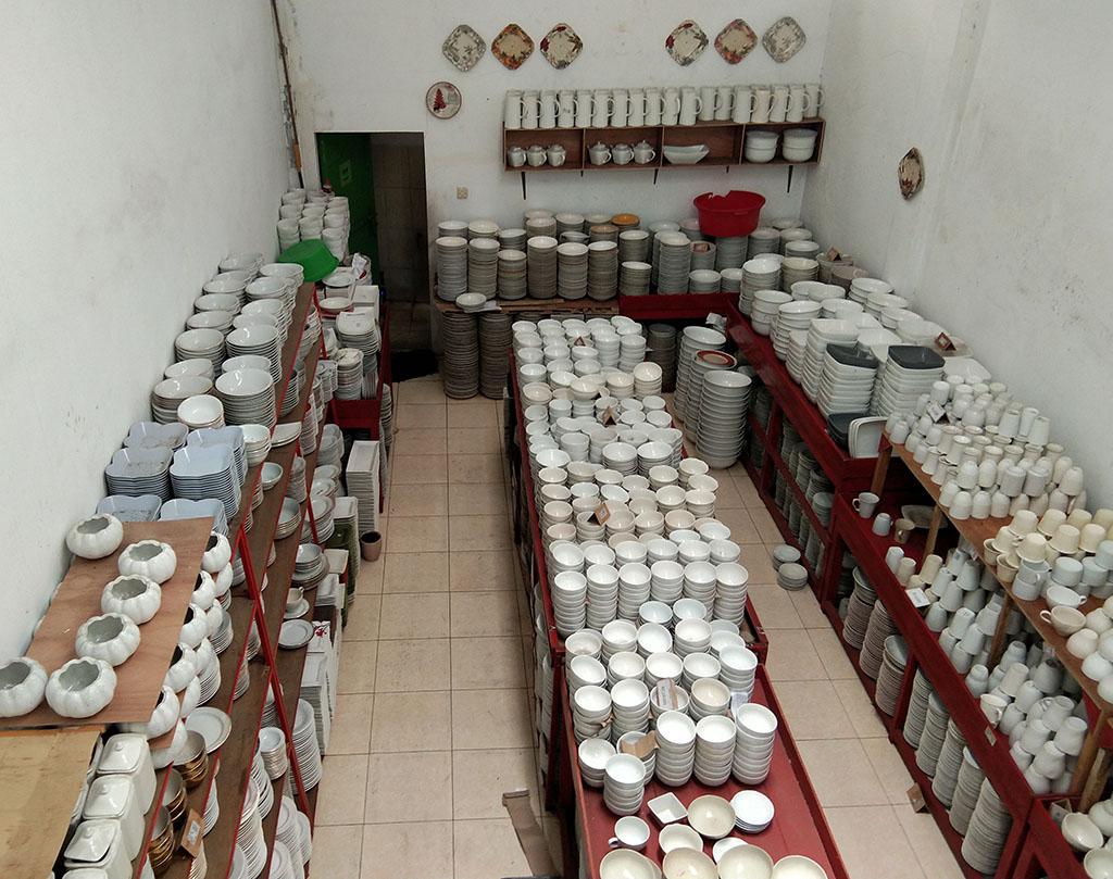 toko keramik sisa ekspor di malang